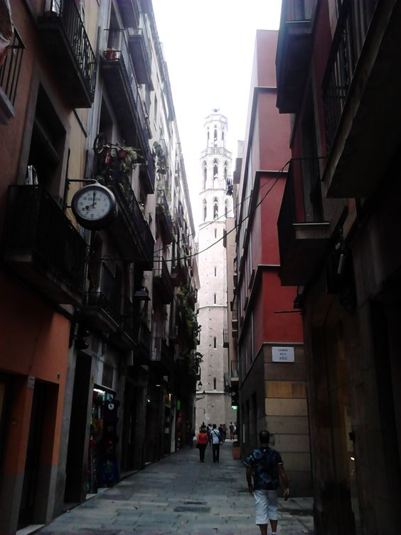 One day in Barcelona - born2