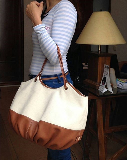 Top trendy bags for summer - The canvas talega, BenchBags